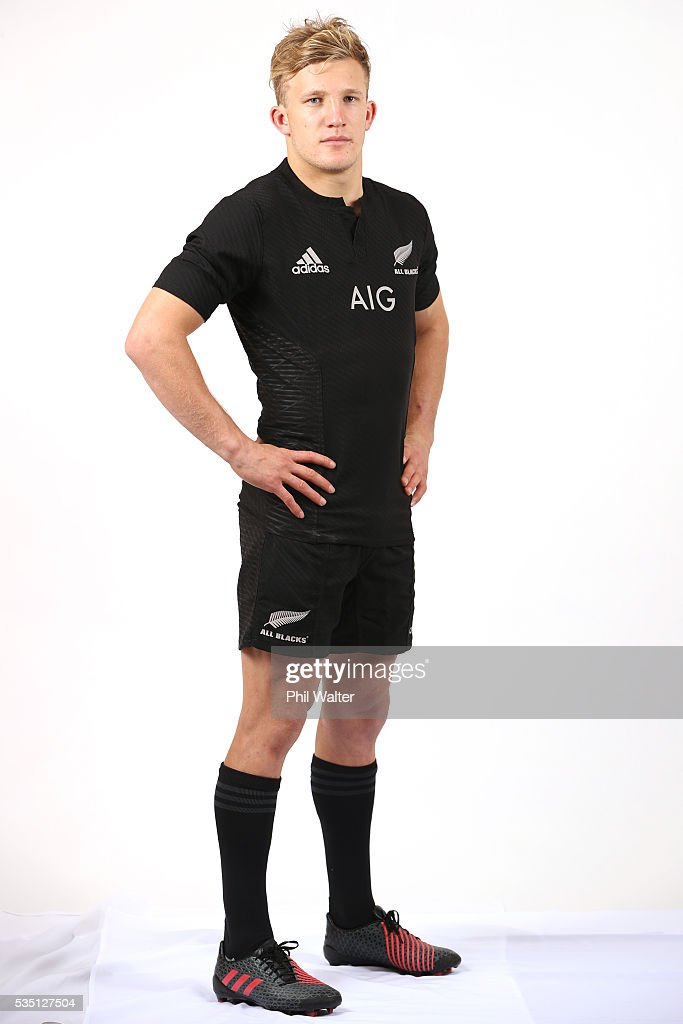 Damian McKenzie of the All Blacks poses for a portrait during a New Zealand All Black portrait session on May 29, 2016 in Auckland, New Zealand.