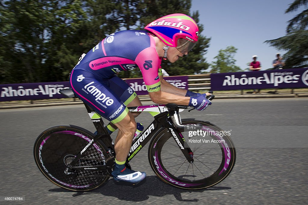 <a gi-track='captionPersonalityLinkClicked' href=/galleries/search?phrase=Damiano+Cunego&family=editorial&specificpeople=546982 ng-click='$event.stopPropagation()'>Damiano Cunego</a> of Italy and Team Lampre in action during the first stage, an individual time trial, of the Criterium du Dauphine, on June 8, 2014 in Lyon, France.