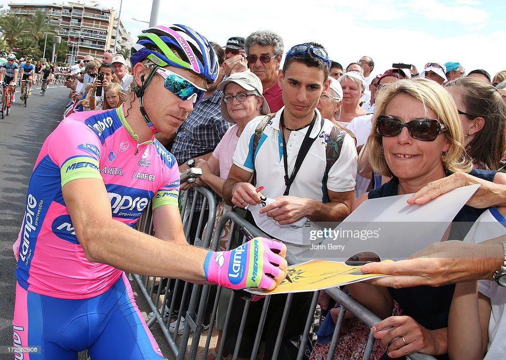 <a gi-track='captionPersonalityLinkClicked' href=/galleries/search?phrase=Damiano+Cunego&family=editorial&specificpeople=546982 ng-click='$event.stopPropagation()'>Damiano Cunego</a> of Italy and Team Lampre-Merida gets ready for Stage Five during of the 2013 Tour de France, a 228.5KM road stage from Cagnes-sur-mer to Marseille, on July 3, 2013 in Cagnes-sur-mer, France.