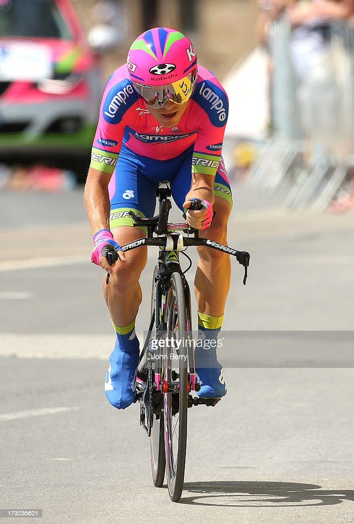 <a gi-track='captionPersonalityLinkClicked' href=/galleries/search?phrase=Damiano+Cunego&family=editorial&specificpeople=546982 ng-click='$event.stopPropagation()'>Damiano Cunego</a> of Italy and Team Lampre-Merida in action during Stage Eleven of the Tour de France 2013 - the 100th Tour de France -, a 33 km individual time trial from Avranches to Le Mont-Saint-Michel on July 10, 2013 in Le Mont-Saint-Michel, France.