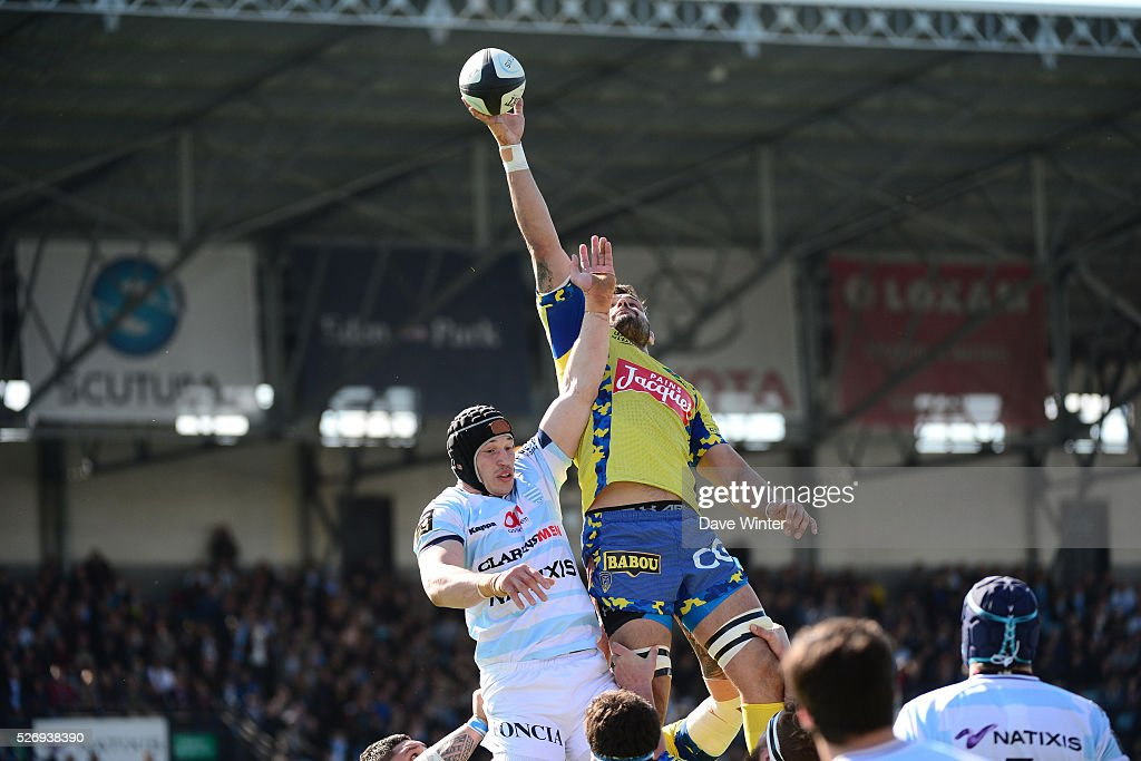 Damien Chouly of Clermont out jumps Wenceslas Lauret of Racing 92 during the French Top 14 rugby union match between Racing 92 v Clermont at Stade Yves Du Manoir on May 1, 2016 in Colombes, France.