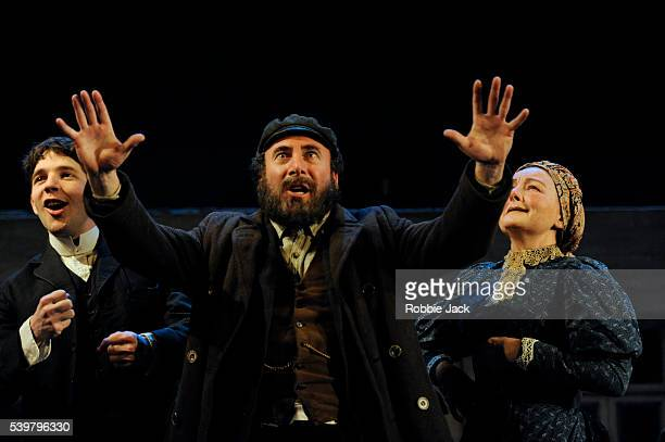Damien Molony as Moti Antony Sher as Jacob Bindel and Abigail McKern as Ida in Nicholas Wright's Travelling Light directed by Nicholas Wright at the...