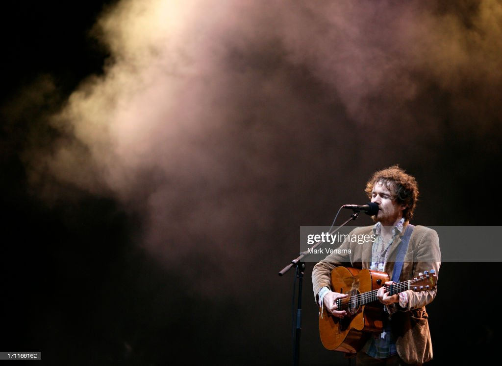 <a gi-track='captionPersonalityLinkClicked' href=/galleries/search?phrase=Damien+Rice&family=editorial&specificpeople=215081 ng-click='$event.stopPropagation()'>Damien Rice</a> performs on Day 2 of the Best Kept Secret Festival at Beekse Bergen on June 22, 2013 in Hilvarenbeek, Netherlands.