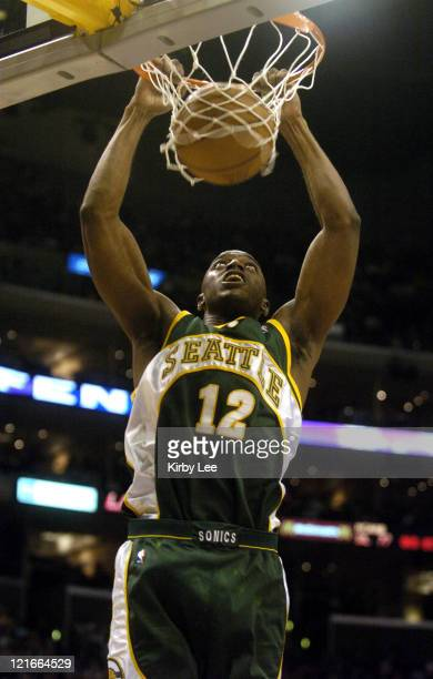 Damien Wilkins of the Seattle SuperSonics dunks during the game between the Seattle SuperSonics and the Los Angeles Lakers at the Staples Center in...