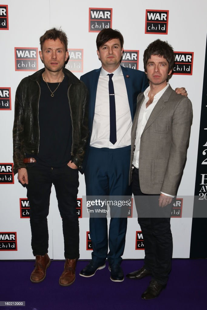 <a gi-track='captionPersonalityLinkClicked' href=/galleries/search?phrase=Damon+Albarn&family=editorial&specificpeople=207168 ng-click='$event.stopPropagation()'>Damon Albarn</a> (L) and <a gi-track='captionPersonalityLinkClicked' href=/galleries/search?phrase=Noel+Gallagher&family=editorial&specificpeople=209146 ng-click='$event.stopPropagation()'>Noel Gallagher</a> (R) pose in the press room at the Brit Awards 2013 at the 02 Arena on February 20, 2013 in London, England.
