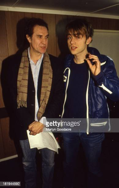 Damon Albarn of Blur and Ray Davies of the Kinks backstage before perfoming on the Channel 4 TV show The White Room London 1995