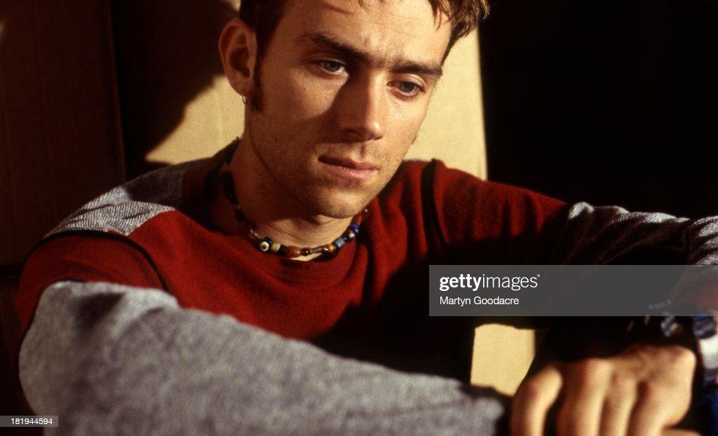 Damon Albarn, singer with UK Britpop band Blur, backstage, Wembley, London, 1995.