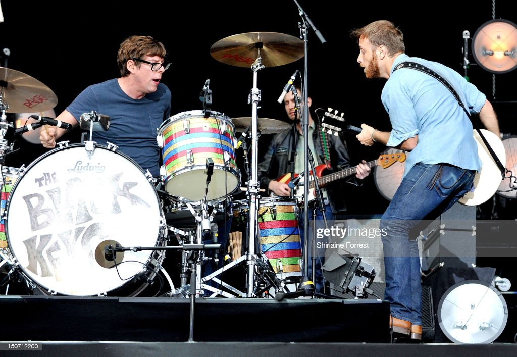 <a gi-track='captionPersonalityLinkClicked' href=/galleries/search?phrase=Dan+Auerbach&family=editorial&specificpeople=2233949 ng-click='$event.stopPropagation()'>Dan Auerbach</a> and <a gi-track='captionPersonalityLinkClicked' href=/galleries/search?phrase=Patrick+Carney&family=editorial&specificpeople=2234034 ng-click='$event.stopPropagation()'>Patrick Carney</a> of The Black Keys perform at Bramham Park on August 24, 2012 in Leeds, England.