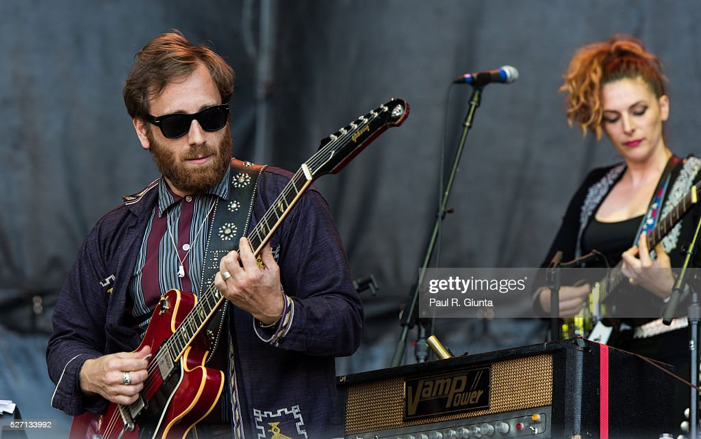 <a gi-track='captionPersonalityLinkClicked' href=/galleries/search?phrase=Dan+Auerbach&family=editorial&specificpeople=2233949 ng-click='$event.stopPropagation()'>Dan Auerbach</a> of The Arcs performs on stage at the Beale Street Music Festival on May 1, 2016 in Memphis, Tennessee.