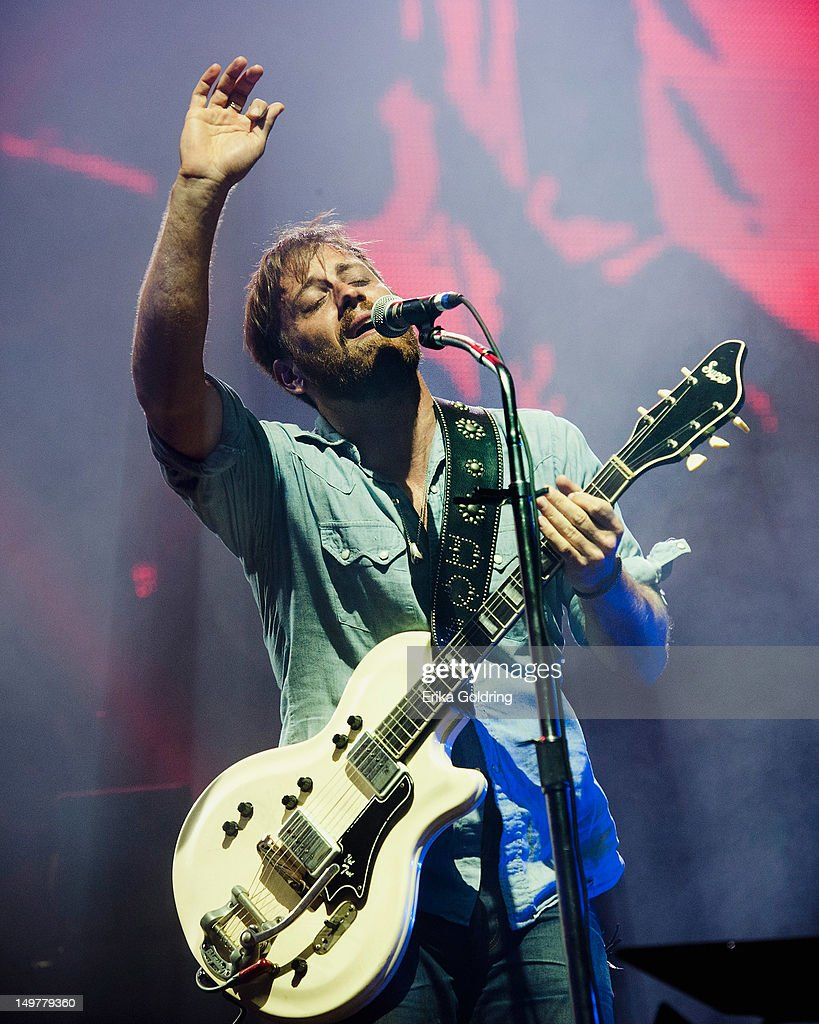 <a gi-track='captionPersonalityLinkClicked' href=/galleries/search?phrase=Dan+Auerbach&family=editorial&specificpeople=2233949 ng-click='$event.stopPropagation()'>Dan Auerbach</a> of The Black Keys performs during 2012 Lollapalooza at Grant Park on August 3, 2012 in Chicago, Illinois.