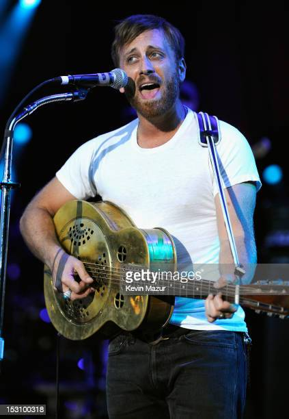 Dan Auerbach of The Black Keys performs onstage at the The Global Citizen Festival in Central Park to end extreme poverty Show at Central Park on...