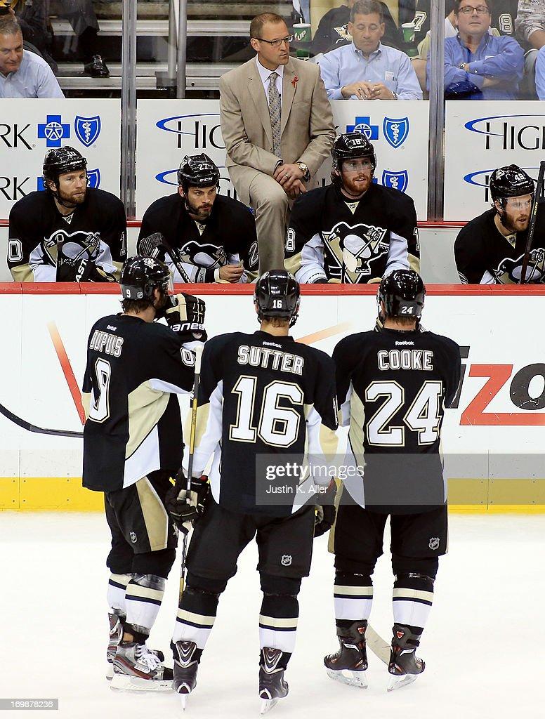 Boston Bruins v Pittsburgh Penguins - Game Two