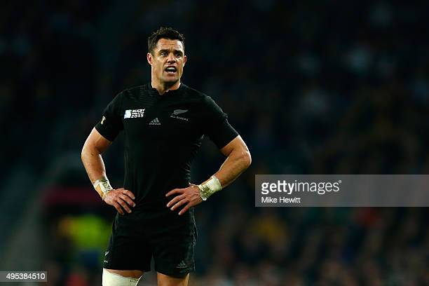 Dan Carter of New Zealand looks on during the 2015 Rugby World Cup Final match between New Zealand and Australia at Twickenham Stadium on October 31...