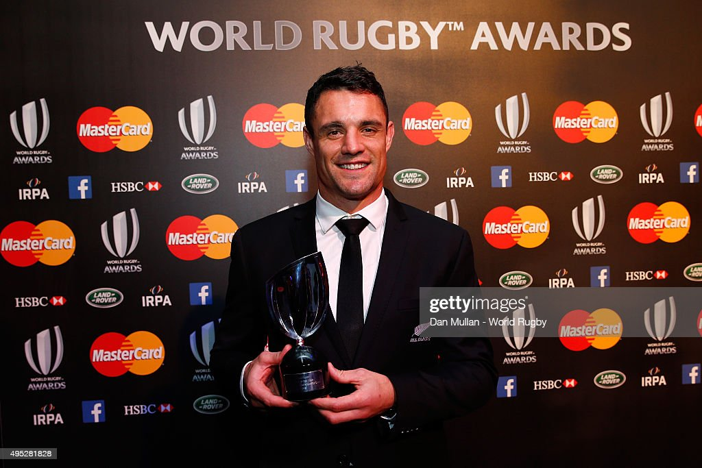 <a gi-track='captionPersonalityLinkClicked' href=/galleries/search?phrase=Dan+Carter+-+Rugby+Player&family=editorial&specificpeople=171299 ng-click='$event.stopPropagation()'>Dan Carter</a> of New Zealand poses after receiving the World Rugby Player of the Year award during the World Rugby Awards 2015 at Battersea Evolution on November 1, 2015 in London, England.