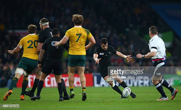 Dan Carter of New Zealand scores a drop goal during the 2015 Rugby World Cup Final match between New Zealand and Australia at Twickenham Stadium on...