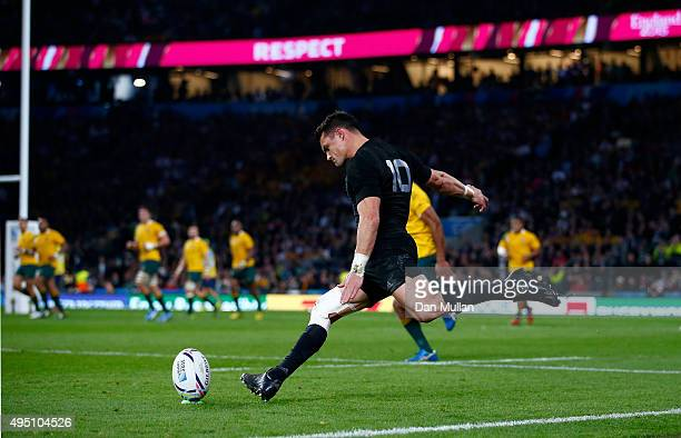 Dan Carter of New Zealand takes a conversion during the 2015 Rugby World Cup Final match between New Zealand and Australia at Twickenham Stadium on...