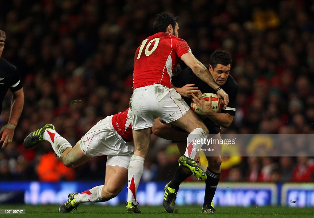 Dan Carter of the All Blacks in action during the Test match between Wales and the New Zealand All Blacks at Millennium Stadium on November 27, 2010 in Cardiff, Wales.