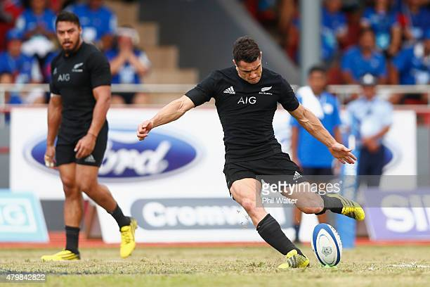 Dan Carter of the All Blacks kicks a penalty during the International Test match between Samoa and the New Zealand All Blacks at Apia Stadium on July...