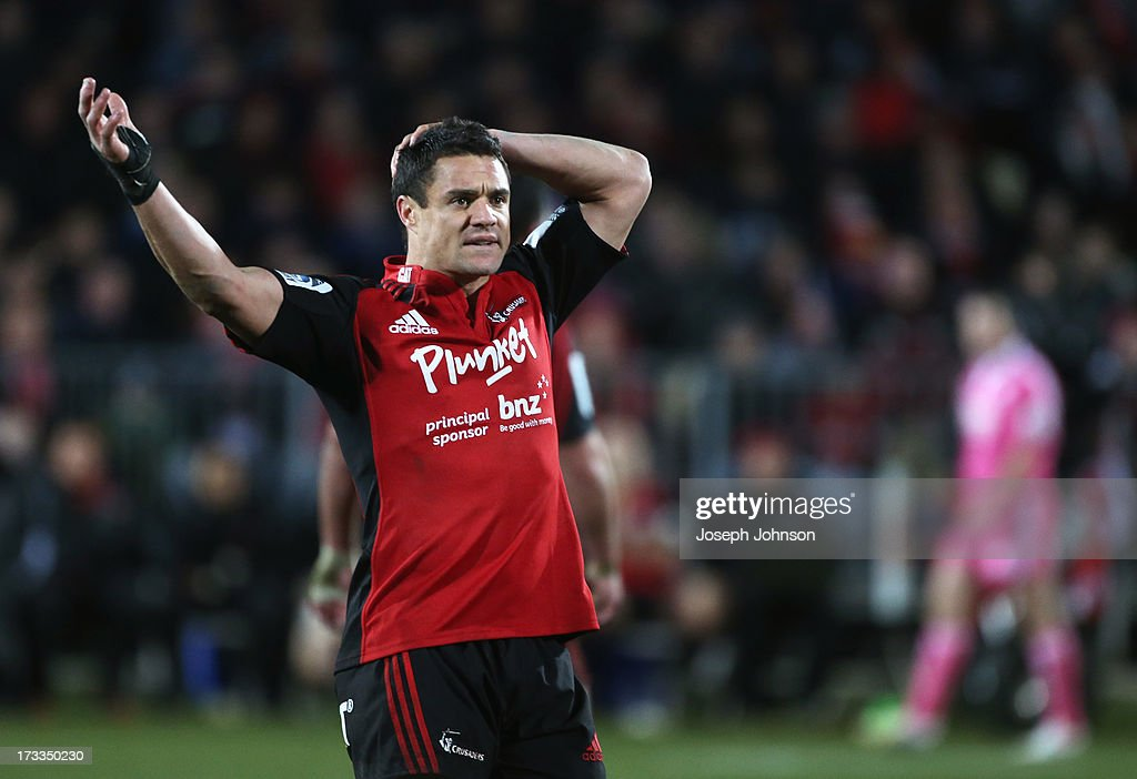<a gi-track='captionPersonalityLinkClicked' href=/galleries/search?phrase=Dan+Carter+-+Rugby+Player&family=editorial&specificpeople=171299 ng-click='$event.stopPropagation()'>Dan Carter</a> of the Crusaders gestures to the assistant referee during the round 20 Super Rugby match between the Crusaders and the Hurricanes at AMI Stadium on July 12, 2013 in Christchurch, New Zealand.