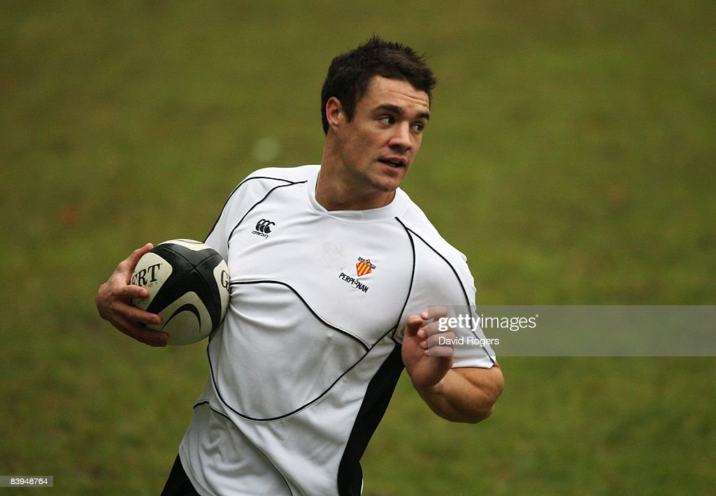 Dan Carter the New Zealand standoff takes part in his first training session with his new club Perpignan at Stade Aime Giral on December 8 2008 in...