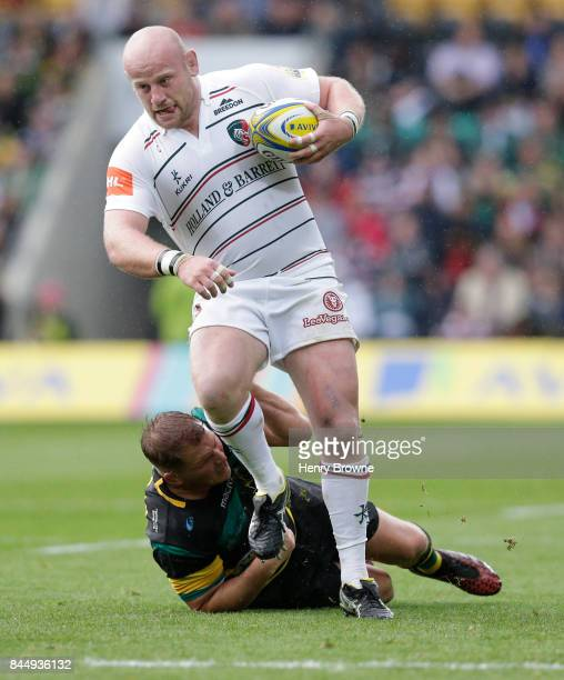 Dan Cole of Leicester Tigers and Dylan Hartley of Northampton Saints during the Aviva Premiership match between Northampton Saints and Leicester...