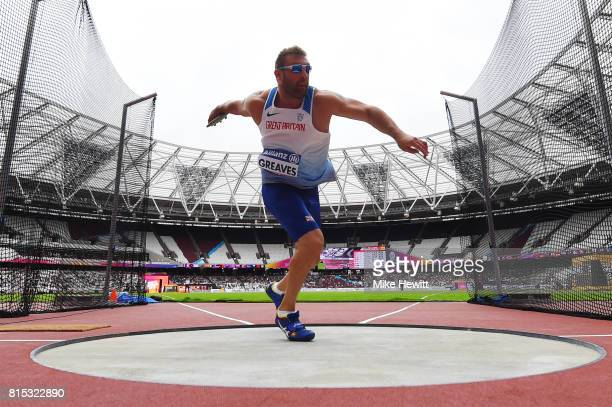 Dan Greaves of Great Britain competes in the Men's Discus Throw F44 Final during day three of the IPC World ParaAthletics Championships 2017 at the...