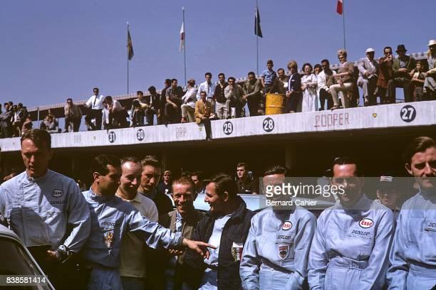 Dan Gurney Lorenso Bandini John Surtees Jo Siffert Richie Ginther Bruce McLaren Jim Clark Jack Brabham Graham Hill Grand Prix of Mexico Autodromo...