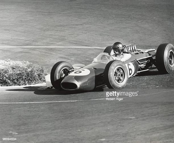 Dan Gurney races during the 1964 Mexican Grand Prix at the Autodromo Hermanos Rodriguez on October 25 1964 in Mexico City Mexico