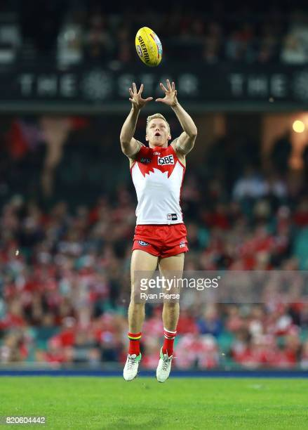 Dan Hannebery of the Swans marks during the round 18 AFL match between the Sydney Swans and the St Kilda Saints at Sydney Cricket Ground on July 22...
