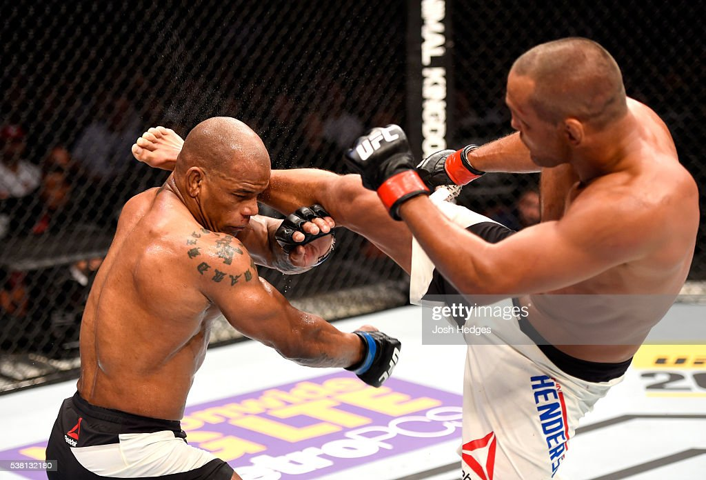 http://media.gettyimages.com/photos/dan-henderson-kicks-hector-lombard-of-cuba-in-their-middleweight-bout-picture-id538132180