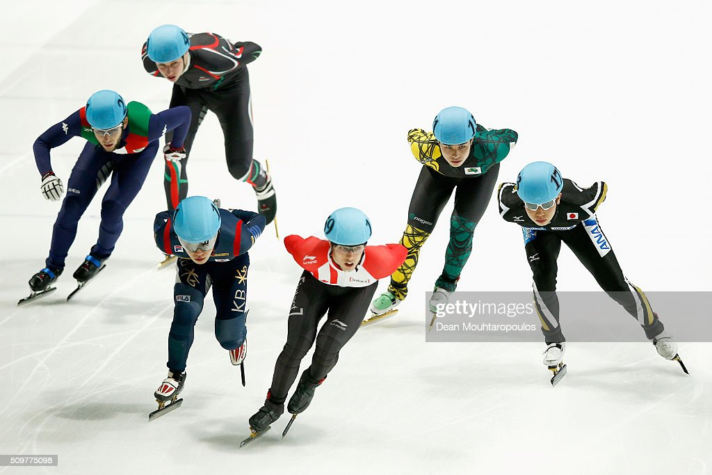 Dan Iwasa (R) of Japan competes in the 1000m heats during ISU Short Track Speed Skating World Cup held at The Sportboulevard on February 12, 2016 in Dordrecht, Netherlands.