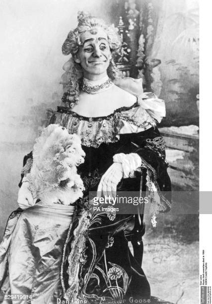 Dan Leno as the Baroness in Babes in the Woods 1888