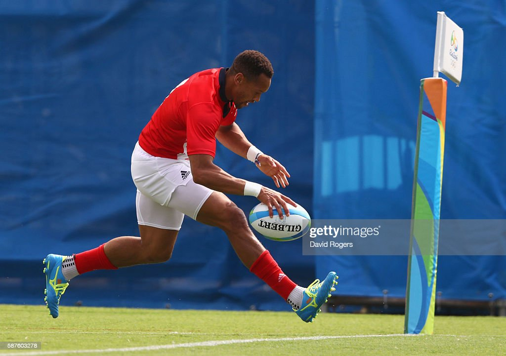 Dan Norton of Great Britain scores a try during the Men's Rugby Sevens Pool C match between Great Britain and Kenya on Day 4 of the Rio 2016 Olympic...
