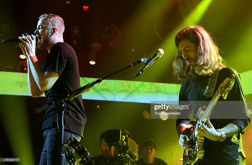 <a gi-track='captionPersonalityLinkClicked' href=/galleries/search?phrase=Dan+Reynolds&family=editorial&specificpeople=8995077 ng-click='$event.stopPropagation()'>Dan Reynolds</a> (L) and Wayne Sermon of Imagine Dragons perform as part of the iTunes Festival at the Moody Theater on March 11, 2014 in Austin, Texas.