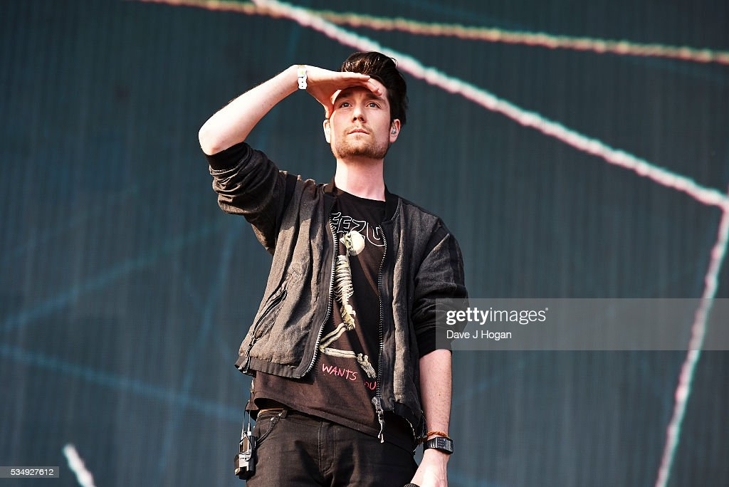 <a gi-track='captionPersonalityLinkClicked' href=/galleries/search?phrase=Dan+Smith+-+Muzikant+-+Bastille&family=editorial&specificpeople=13772993 ng-click='$event.stopPropagation()'>Dan Smith</a> of Bastille performs during day 1 of BBC Radio 1's Big Weekend at Powderham Castle on May 28, 2016 in Exeter, England.