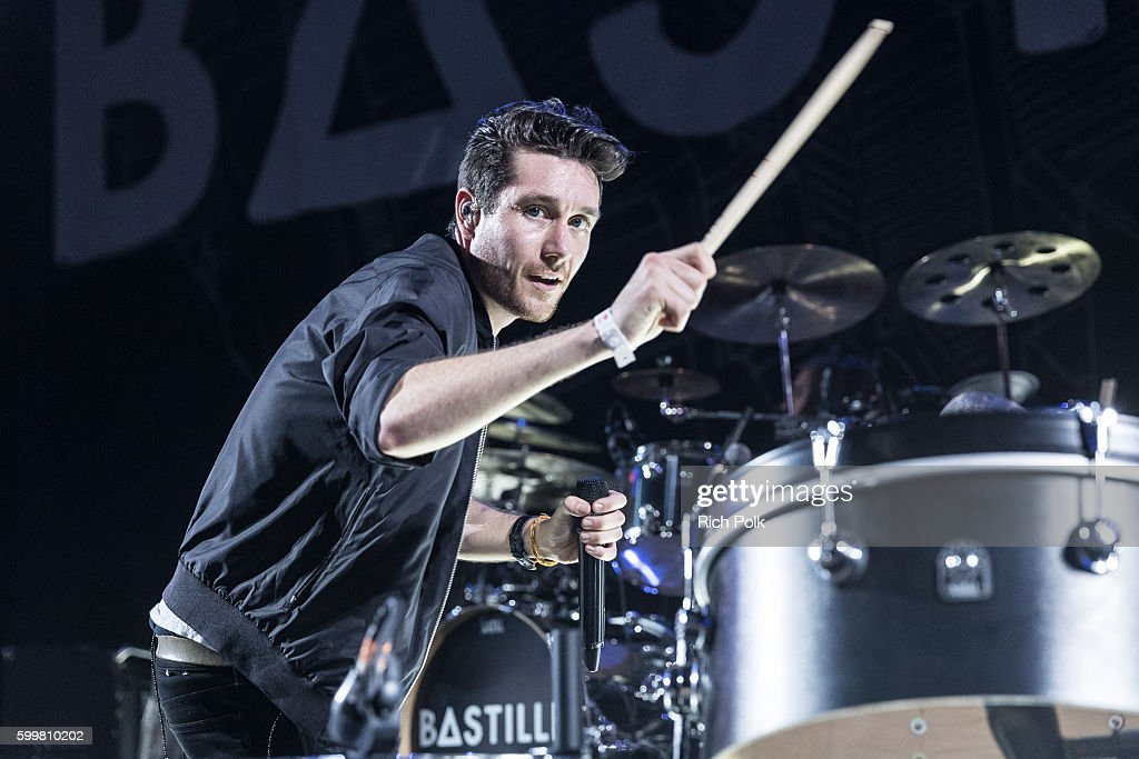 Dan Smith of Bastille performs on stage at iHeartRadio Theater on September 6, 2016 in Burbank, California.