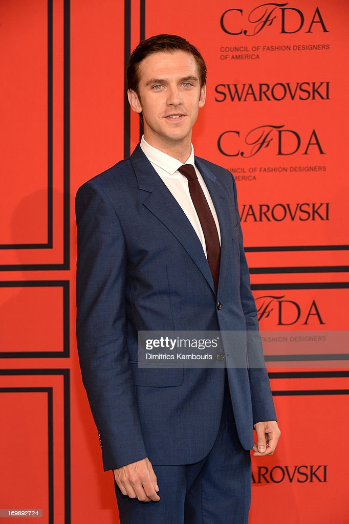 <a gi-track='captionPersonalityLinkClicked' href=/galleries/search?phrase=Dan+Stevens&family=editorial&specificpeople=678756 ng-click='$event.stopPropagation()'>Dan Stevens</a> attends 2013 CFDA Fashion Awards at Alice Tully Hall on June 3, 2013 in New York City.