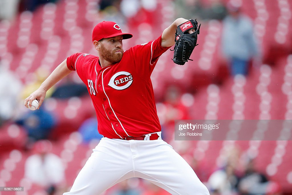 <a gi-track='captionPersonalityLinkClicked' href=/galleries/search?phrase=Dan+Straily&family=editorial&specificpeople=9615114 ng-click='$event.stopPropagation()'>Dan Straily</a> #58 of the Cincinnati Reds pitches against the San Francisco Giants in the first inning of the game at Great American Ball Park on May 4, 2016 in Cincinnati, Ohio.