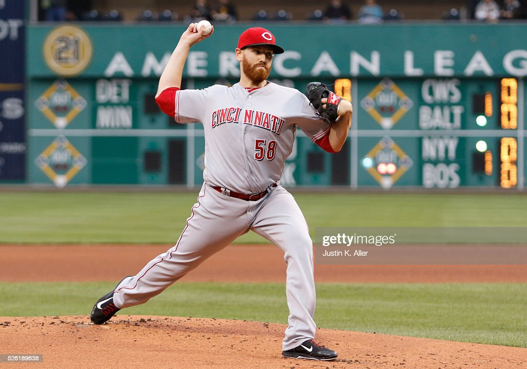 <a gi-track='captionPersonalityLinkClicked' href=/galleries/search?phrase=Dan+Straily&family=editorial&specificpeople=9615114 ng-click='$event.stopPropagation()'>Dan Straily</a> #58 of the Cincinnati Reds pitches in the first inning during the game against the Pittsburgh Pirates at PNC Park on April 29, 2016 in Pittsburgh, Pennsylvania.