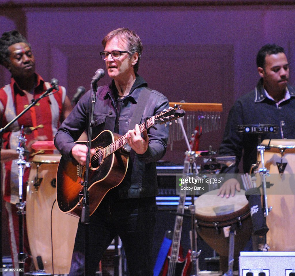 Dan Wilson attends The Music of Paul Simon at Carnegie Hall on March 31, 2014 in New York City.
