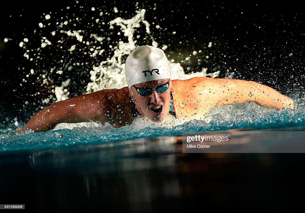 <a gi-track='captionPersonalityLinkClicked' href=/galleries/search?phrase=Dana+Vollmer&family=editorial&specificpeople=240582 ng-click='$event.stopPropagation()'>Dana Vollmer</a> swims on her way to victory in the women's 100m butterfly during the 2016 Arena Pro Swim Series at Charlotte swim meet at Mecklenburg County Aquatic Center on May 13, 2016 in Charlotte, North Carolina.
