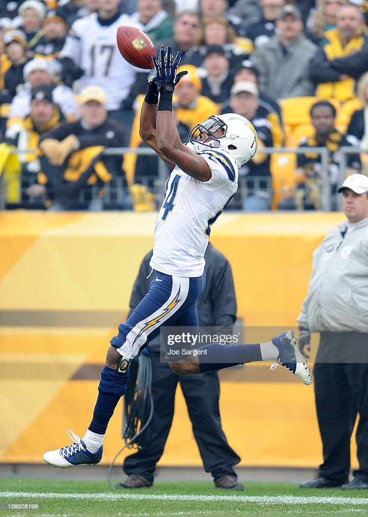 Danario Alexander #84 of the San Diego Chargers makes a touchdown catch during the second quarter against the Pittsburgh Steelers on December 9, 2012 at Heinz Field in Pittsburgh, Pennsylvania.