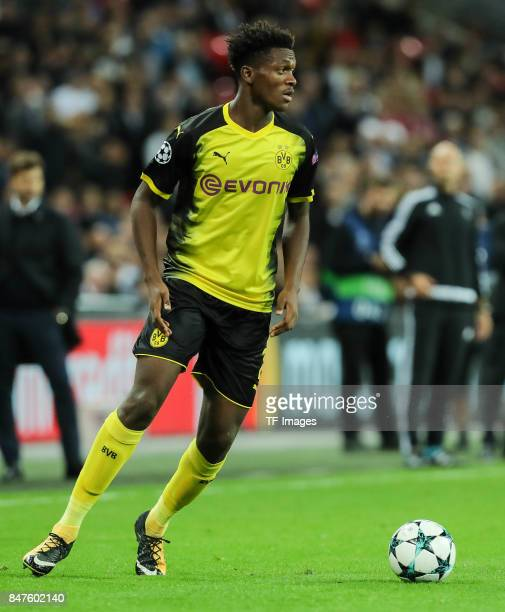 DanAxel Zagadou of Dortmund controls the ball during the UEFA Champions League group H match between Tottenham Hotspur and Borussia Dortmund at...