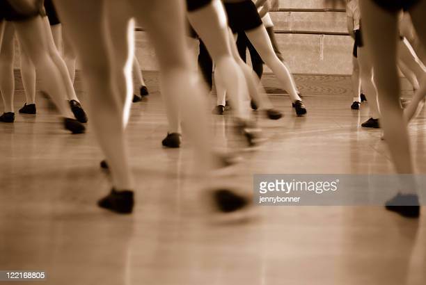 Dance: Dances with Motion Blur in Sepia