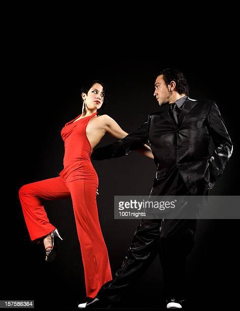 Der Leidenschaft Tango tanzen