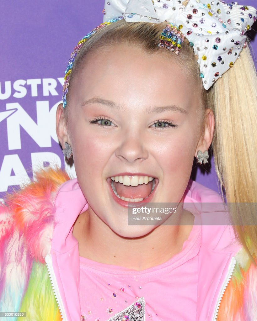 Dancer / Actress JoJo Siwa attends the 2017 Industry Dance Awards and Cancer Benefit show at Avalon on August 16, 2017 in Hollywood, California.