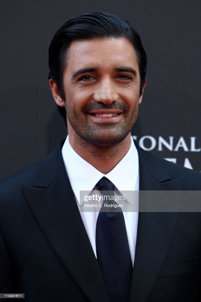 Dancer <a gi-track='captionPersonalityLinkClicked' href=/galleries/search?phrase=Gilles+Marini&family=editorial&specificpeople=5360860 ng-click='$event.stopPropagation()'>Gilles Marini</a> arrives at the 36th Annual Daytime Emmy Awards at The Orpheum Theatre on August 30, 2009 in Los Angeles, California.