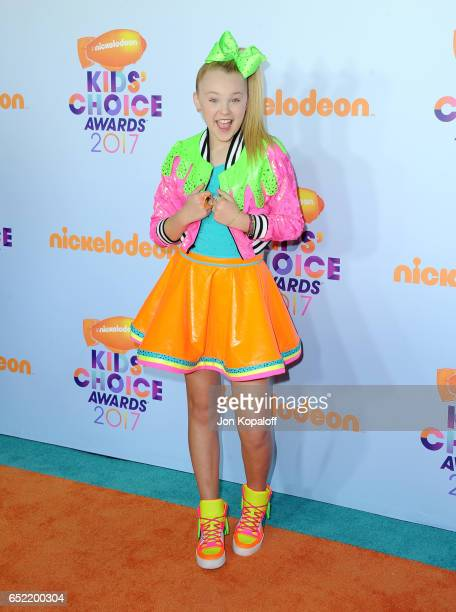 Dancer JoJo Siwa at Nickelodeon's 2017 Kids' Choice Awards at USC Galen Center on March 11 2017 in Los Angeles California