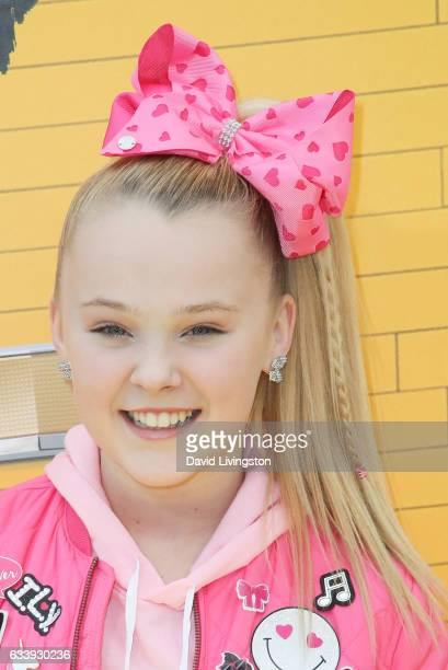 Dancer JoJo Siwa attends the Premiere of Warner Bros Pictures' 'The LEGO Batman Movie' at the Regency Village Theatre on February 4 2017 in Westwood...