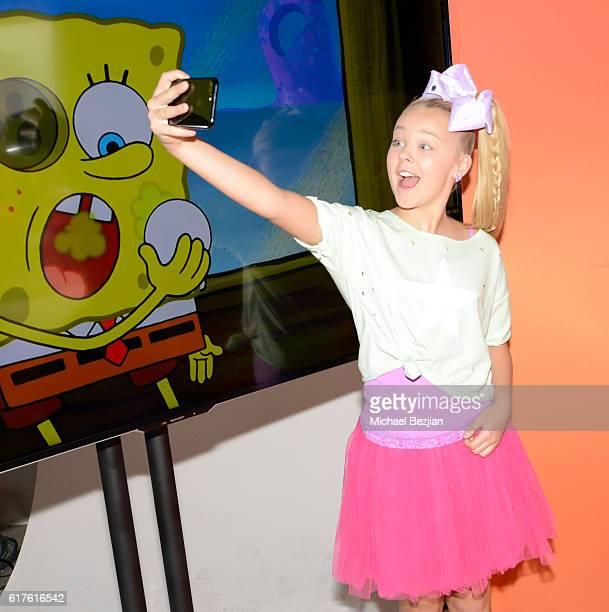 Dancer JoJo Siwa poses for selfie at Elizabeth Glaser Pediatric Aids Foundation 'A Time For Heroes' Family Festival at Smashbox Studios on October 23...